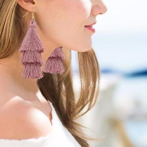fancy fashions Jewelry - Bohemian fringe earrings